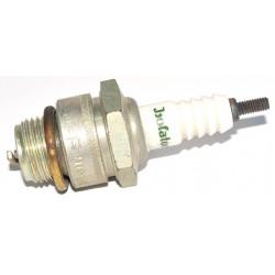 Zündkerze Isolator M18-240